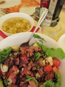 grande-salad-in-italy