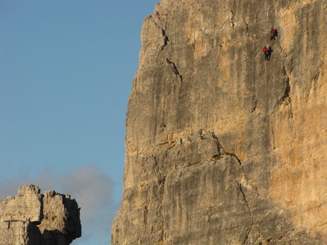climbers-on-the-cinque-torri-dolomites-italy