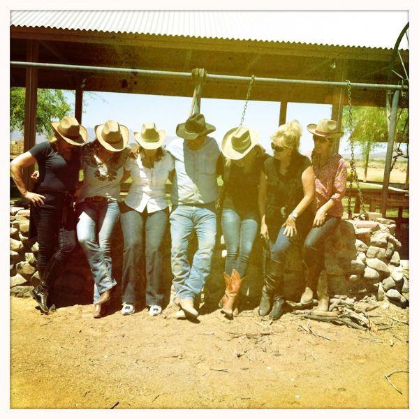 happy-cowgirls-in-phoenix-arizona