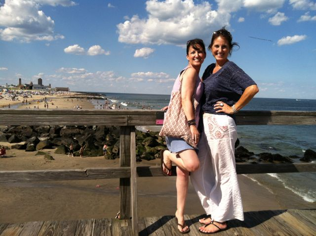 image-gina-and-esta-on-ocean-grove-pier-new-jersey