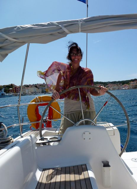 image-at-the-helm-sailing-croatia