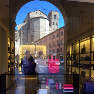 image-furla-handbags-in-bologna-window-with-reflection