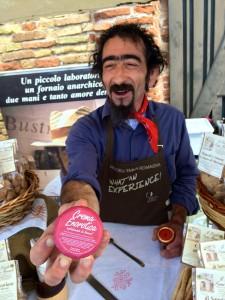 image-comedic-vendor-selling-crema-enorotica