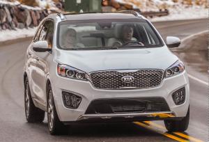 image-test-drive-white-kia-sorento-v6-in-tahoe
