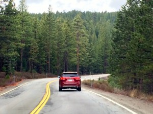 image-kia-sorento-in-lake-tahoe